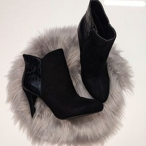 Express | Black Ankle Booties - 6
